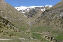 Vues vers la vallée de Montaup depuis le col du même nom.