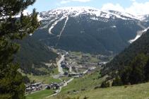 Soldeu et les pistes de ski de Gran Valira.