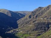 La vall�e d��ssua depuis Sort