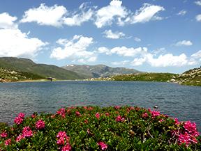 Lac des Abelletes et pics d�Envalira (2823 m et 2818 m)