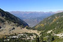 Vues de la vallée de Perafita, la zone d´Engordany (fond de la vallée) et les montagnes de la paroisse de La Massana.