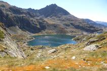 Le second lac de Juclar et le pic de Siscaró.