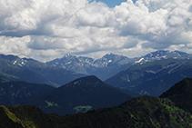 Le pic d´Escobes et les montagnes situées à l´entrée des vallées de Ransol et d´Incles.