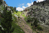 Tronçon de la descente du Bony de la Pica.