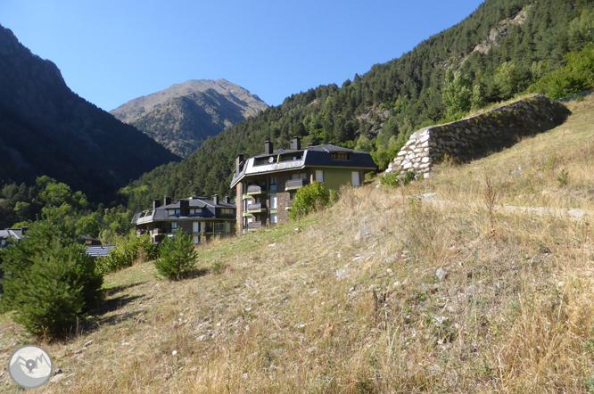 Pic de Comapedrosa (2942 m) depuis Arinsal 1