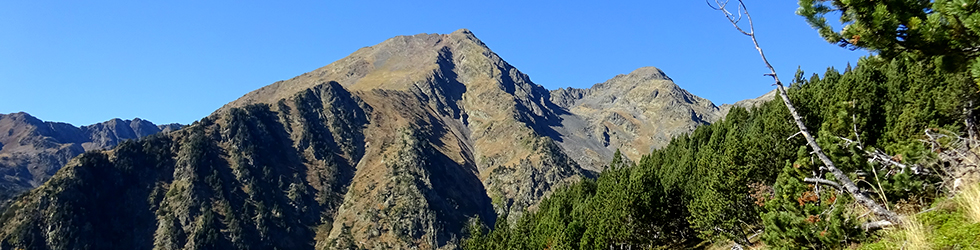 Pic de Comapedrosa (2942 m) depuis Arinsal