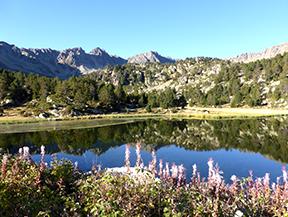 Pic de Montmal�s (2781 m) et cirque des Colells