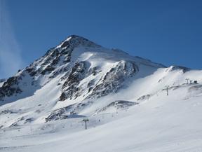 Pic de la Mina (2683 m) depuis le col de Puymorens