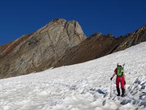 Du Grand Vignemale (3298 m) au Montferrat (3219 m) depuis le barrage d�Ossoue